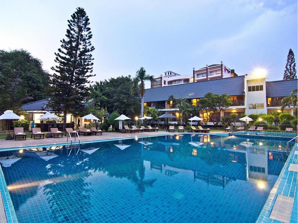 Sunshine Garden Resort  Ramayana Water Park Pattaya